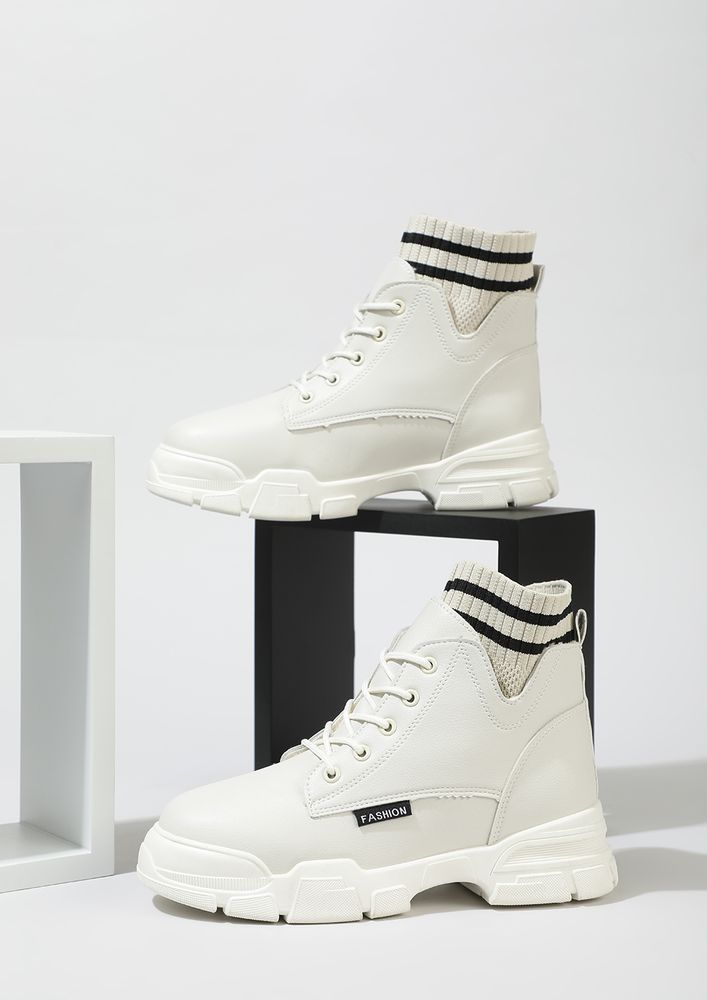 THAT ATHLEISURE SASS WHITE ANKLE BOOTS