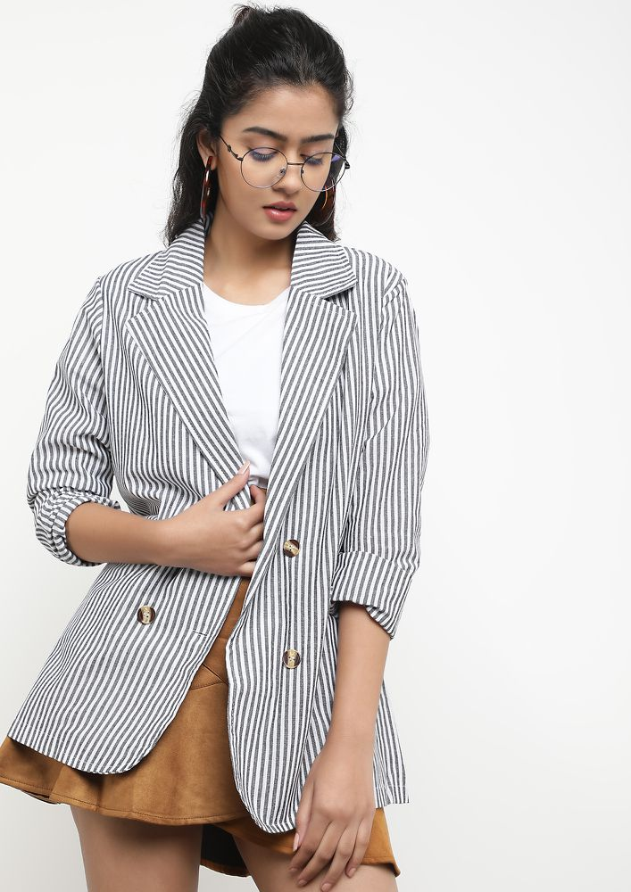 ON MULTIPLE STRIPES GREY BLAZER