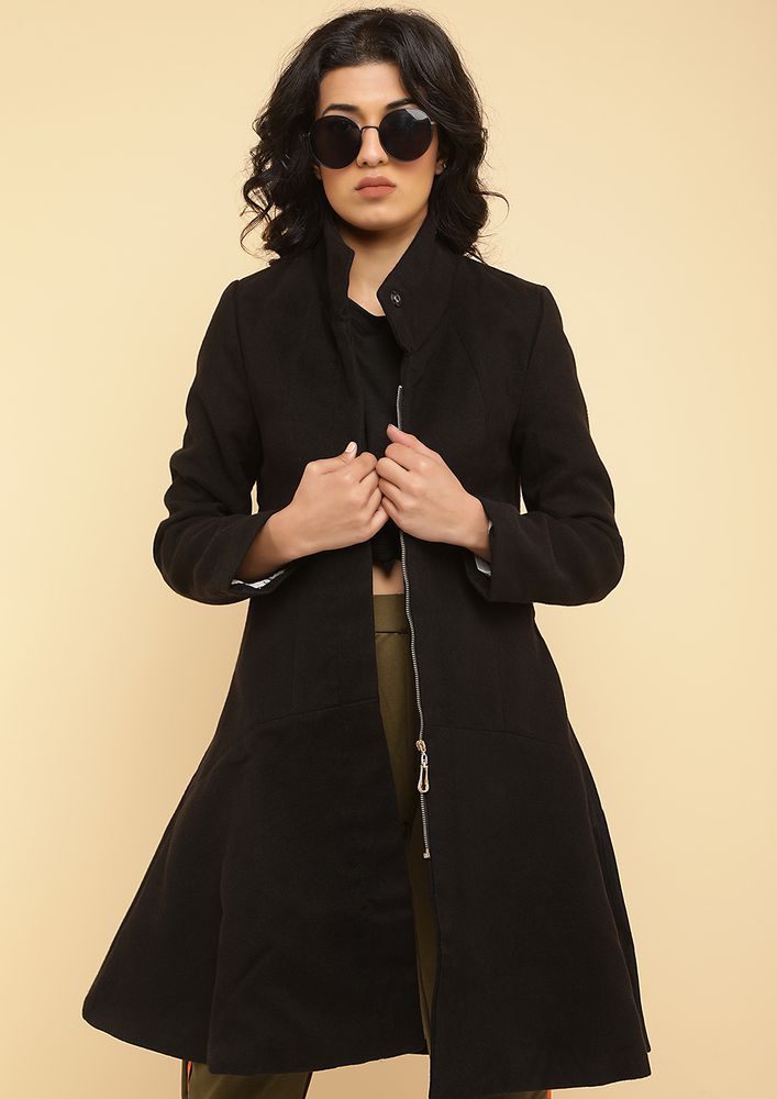 ON DUTY IN STYLE BLACK COCOON COAT