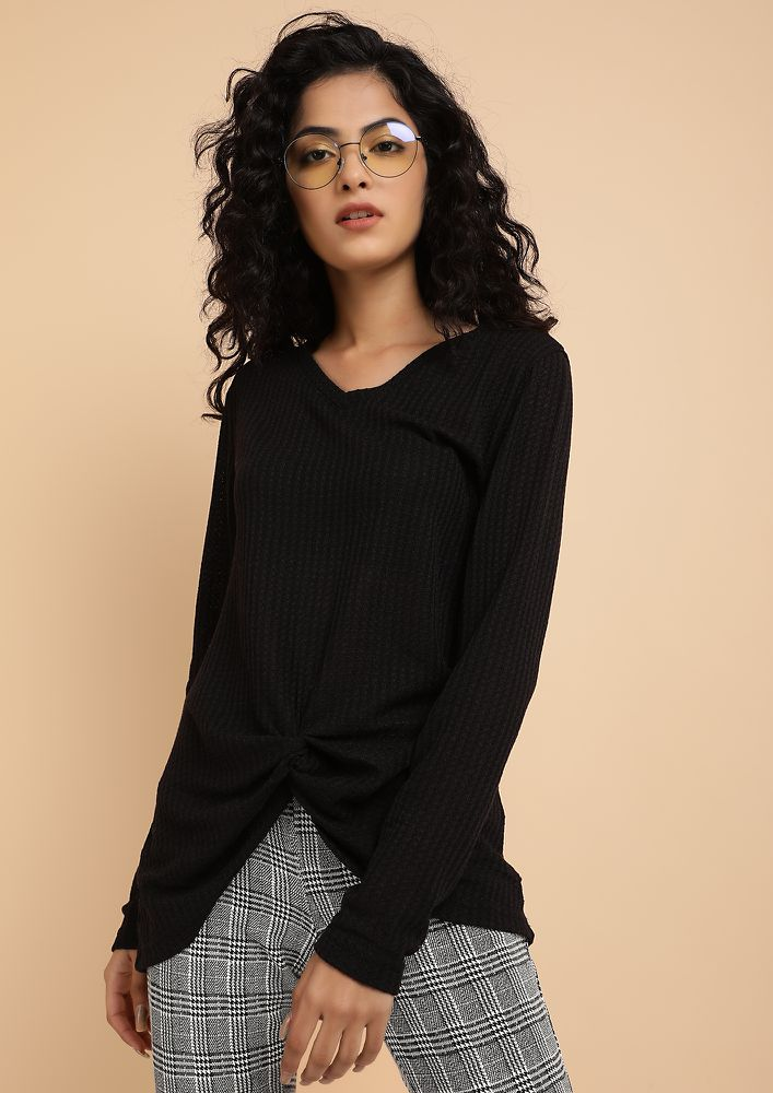 KNOT YOUR BASIC BLACK KNITTED TUNIC TOP