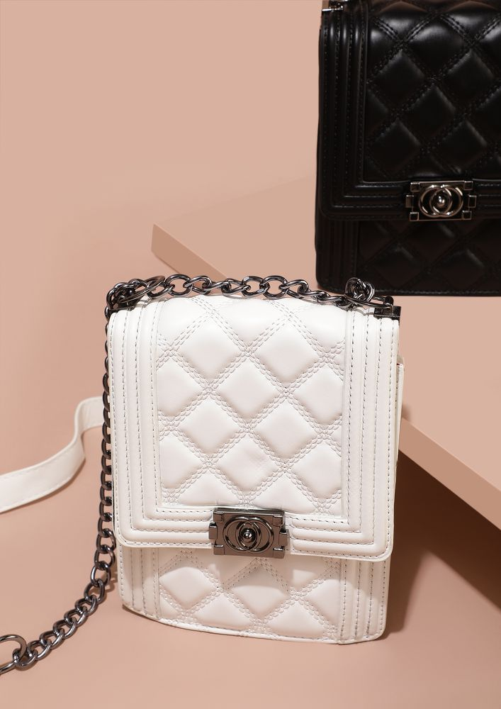 QUILT TILL YOU CAN WHITE SLING BAG