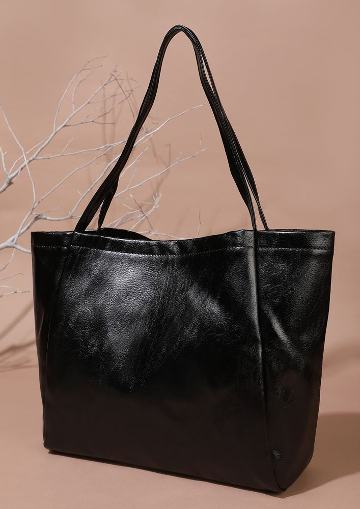 NEVER FULL OF THINGS BLACK TOTE BAG