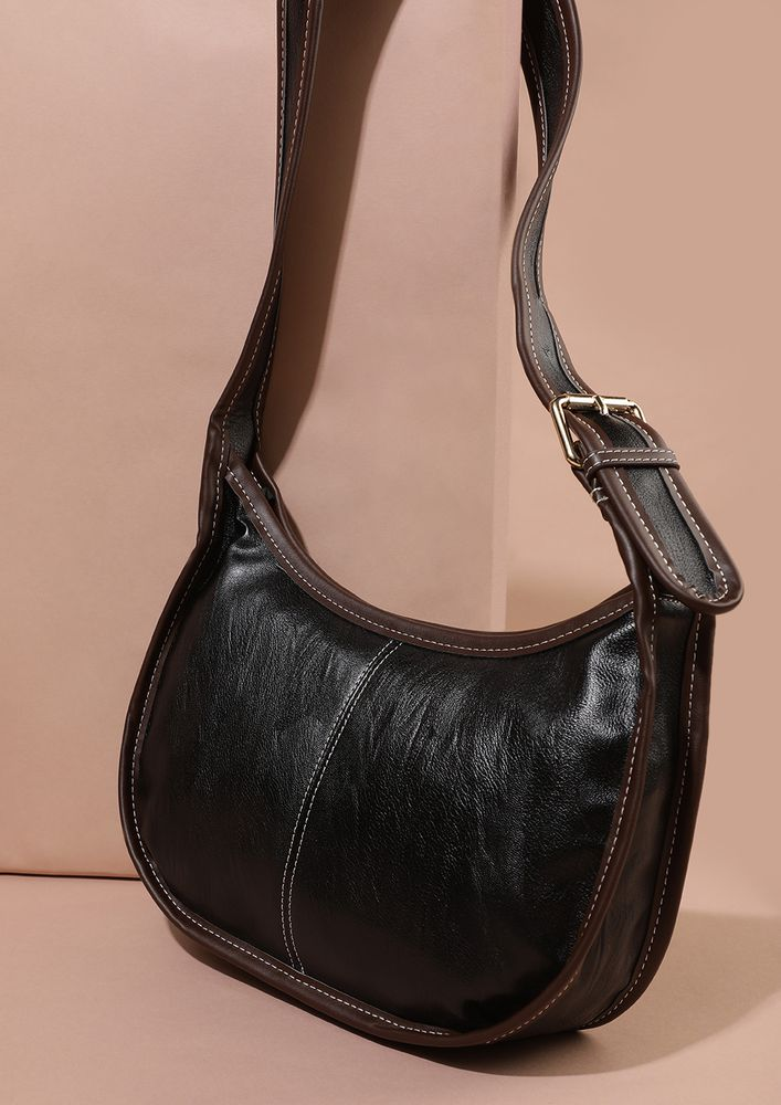 GOING OUT AND ABOUT BLACK CROSSBODY BAG