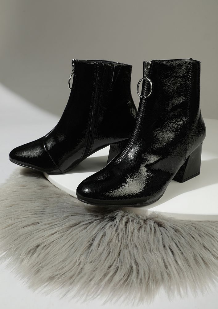 ABIDE BY THE SHINE BLACK ANKLE BOOTS