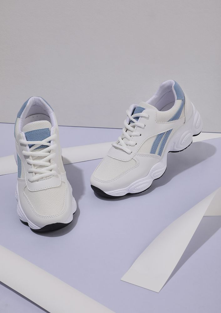 ADD SOME CHUNK WHITE BLUE TAPING TRAINERS