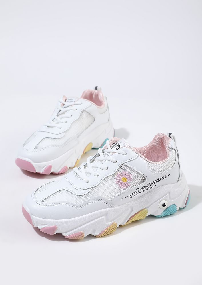 SPRINTERS ON THE STREET PINK TRAINERS