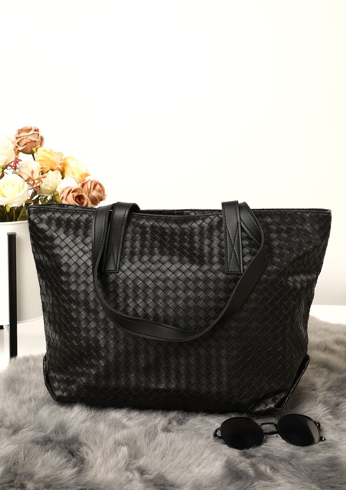 CARVED TO PERFECTION BLACK TOTE BAG