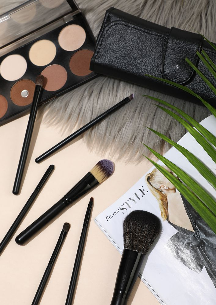 HAVE SOME MORE BLACK MAKEUP BRUSHES- SET OF 7