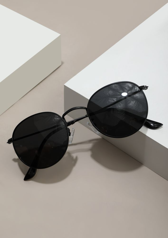 WHAT'S THE TALK ABOUT BLACK GREY SUNGLASSES