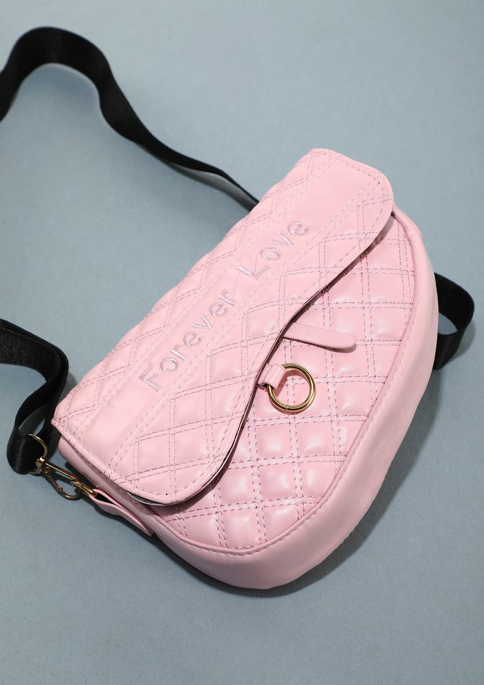 CLASP THE TRENDS BY CHAINS PINK SLING BAG