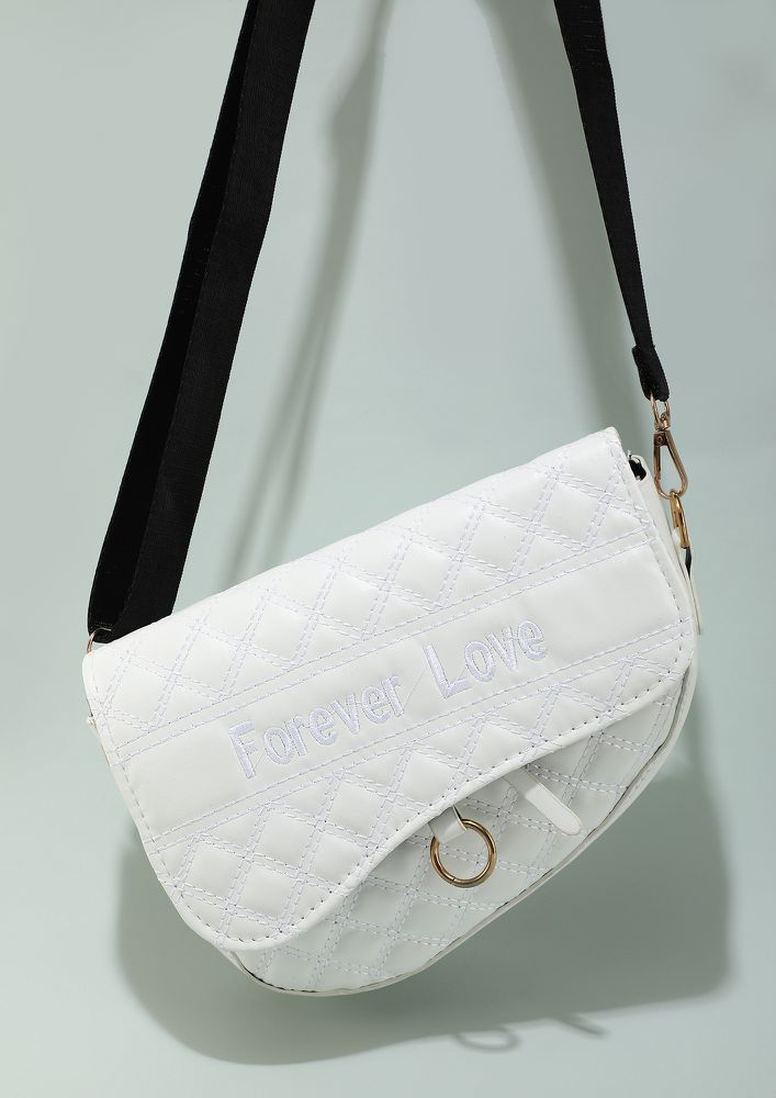 CLASP THE TRENDS BY CHAINS WHITE SLING BAG