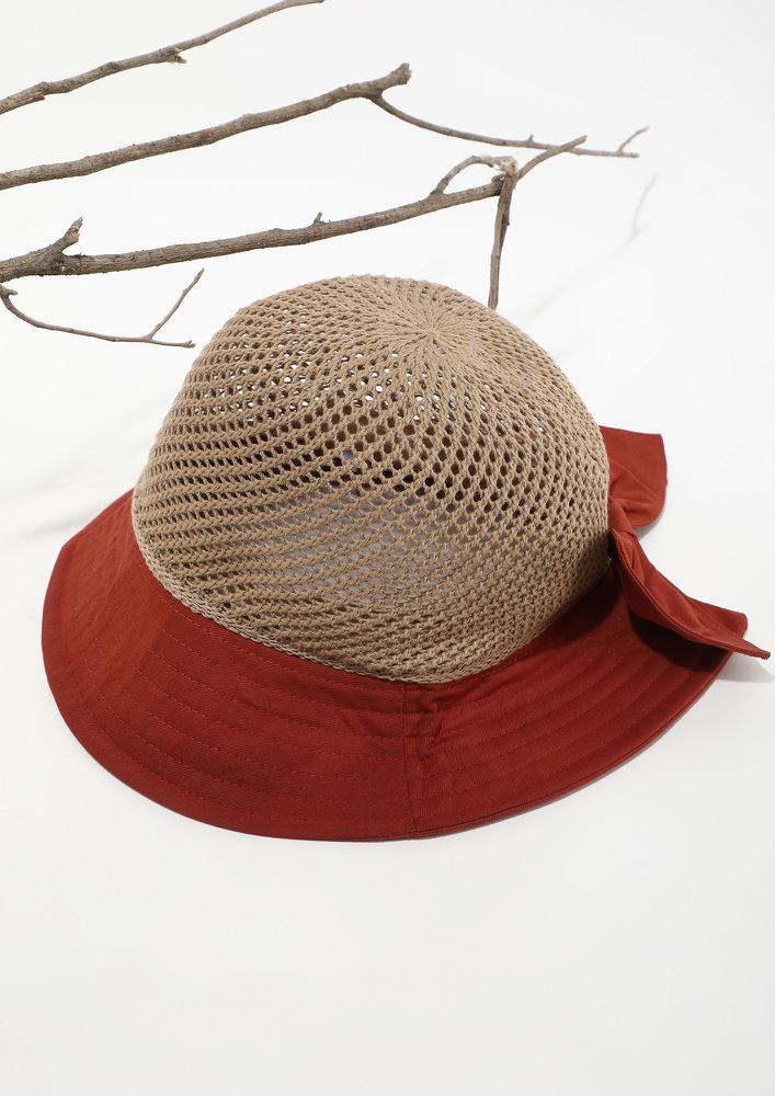 AN OUTDOOR CUTESY ESSENTIAL PINK HAT