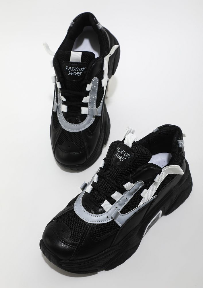MIGHTY BLACK TRAINERS