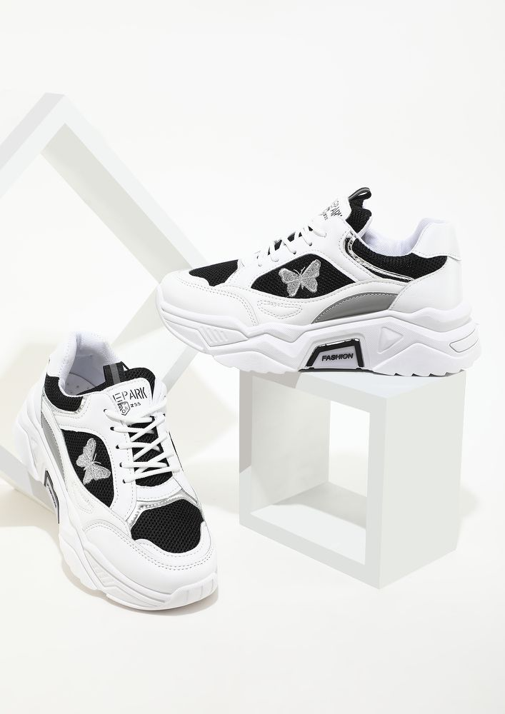 PICK UP THE PACE BLACK TRAINERS