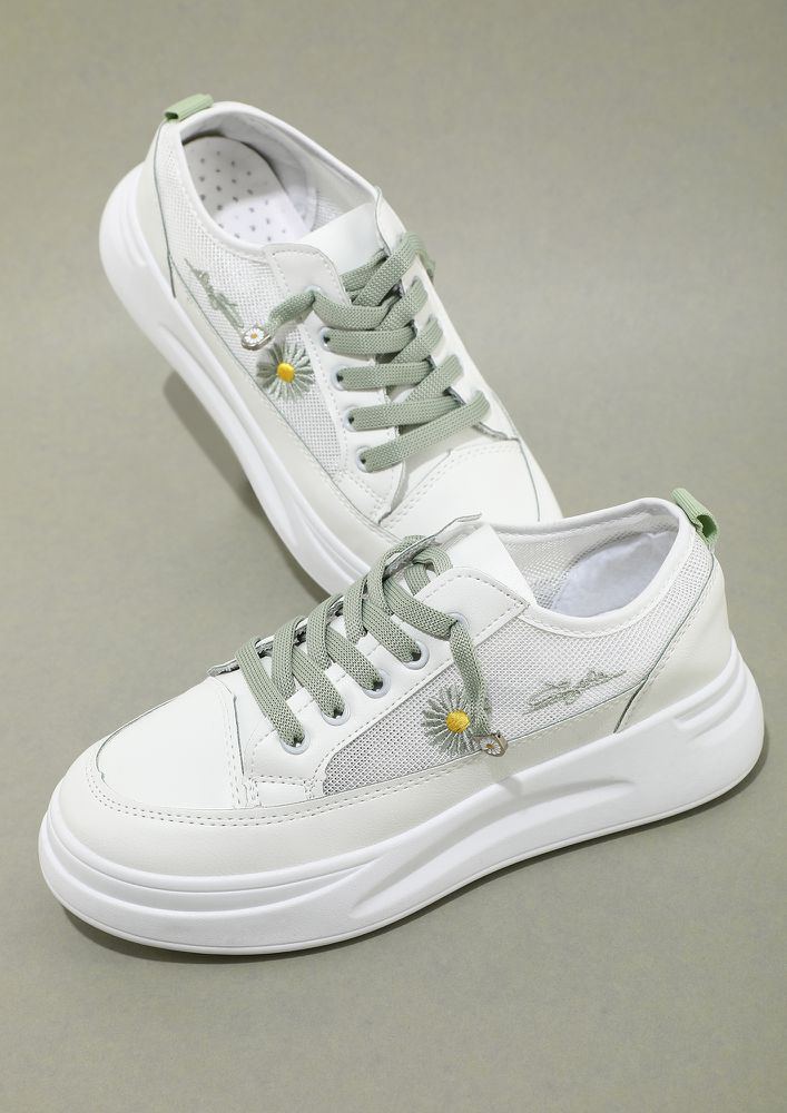 LITTLE CHUNKS OF COLOUR WHITE TRAINERS