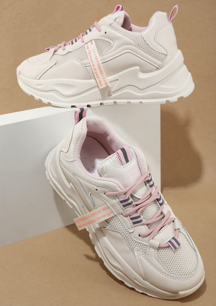 PLAY ON PINK TRAINERS