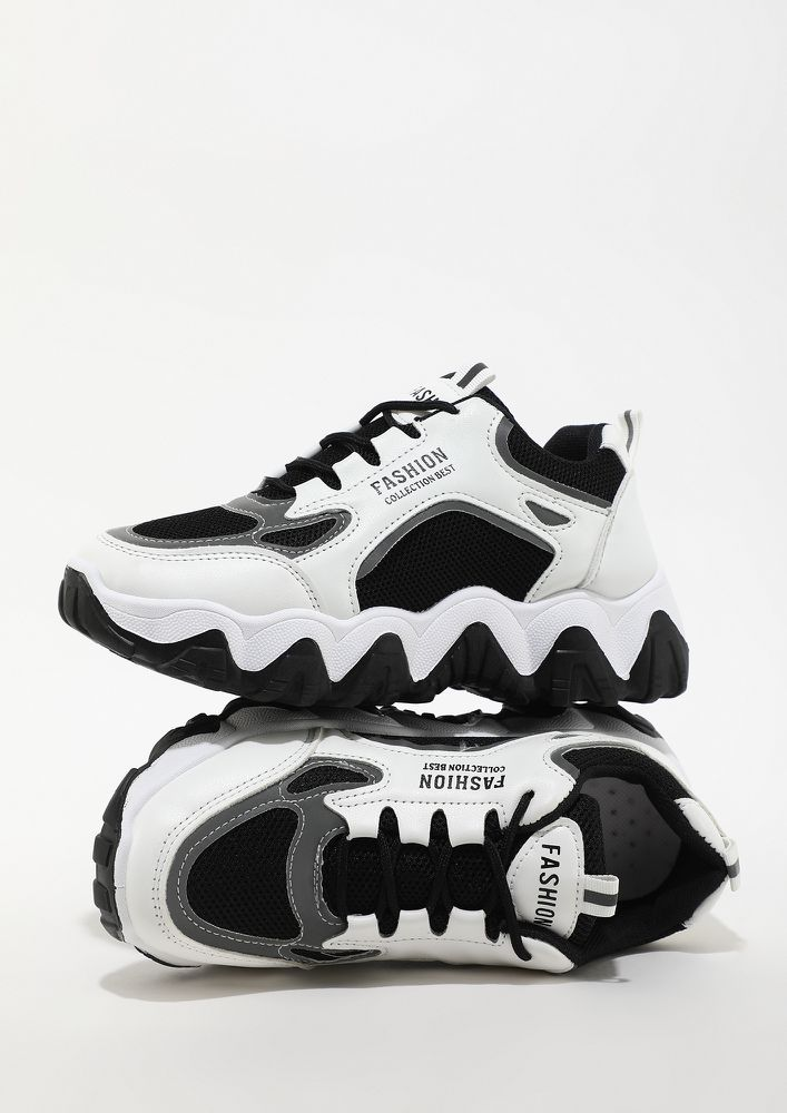 CHUNKY IS THE WAY TO GO BLACK TRAINERS