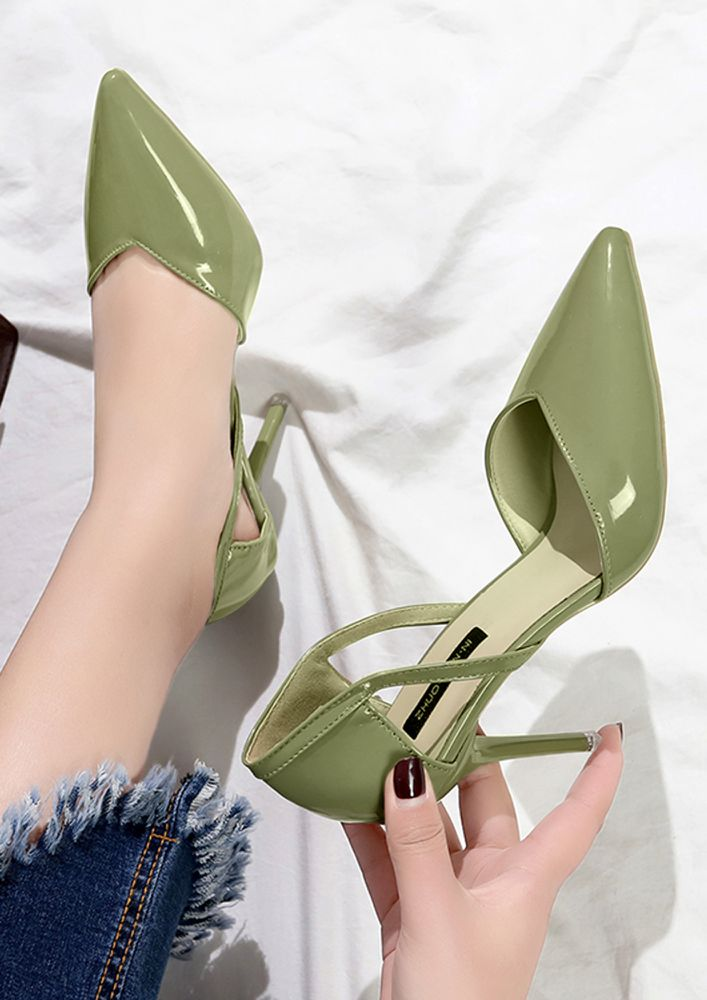 GET TO THE POINT GREEN HEELS