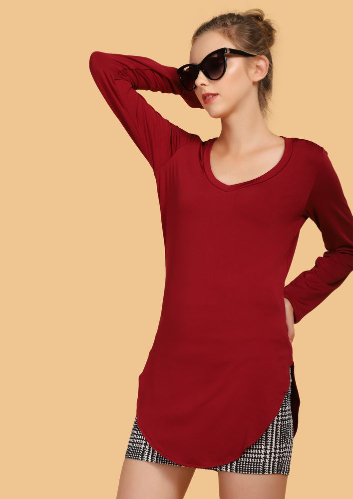 WEEKEND SHENANIGANS BURGUNDY TUNIC T-SHIRT