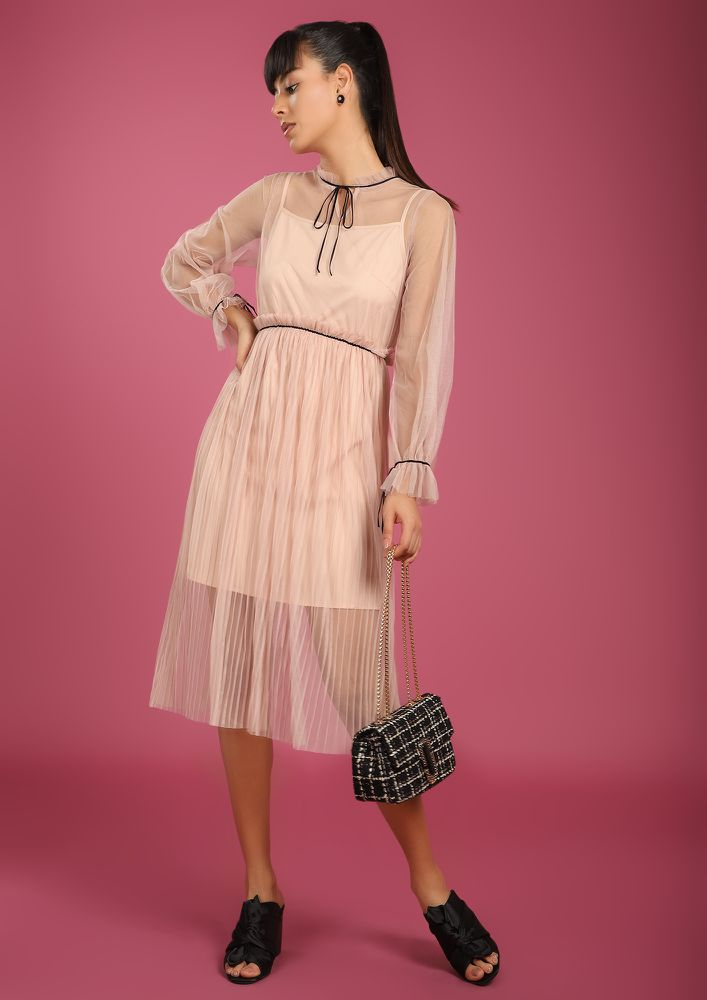 GOING WITH THE BREEZE PINK MIDI DRESS