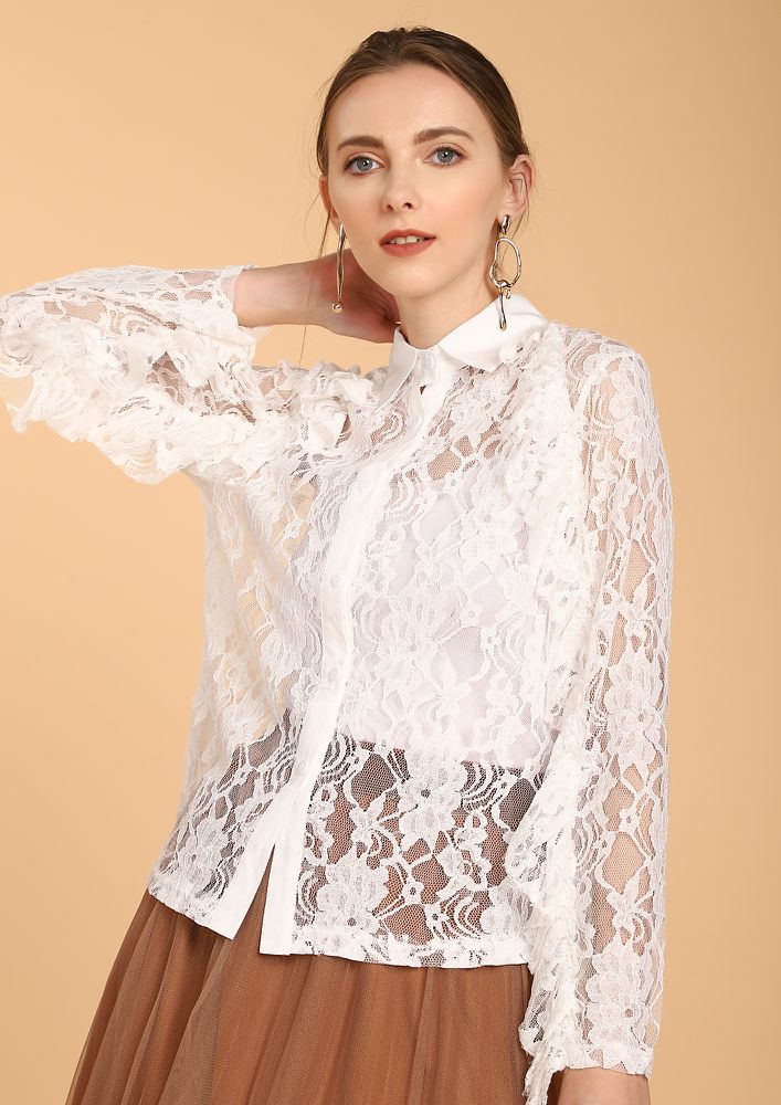 PRIM AND PROPER IN WHITE MESH SHIRT