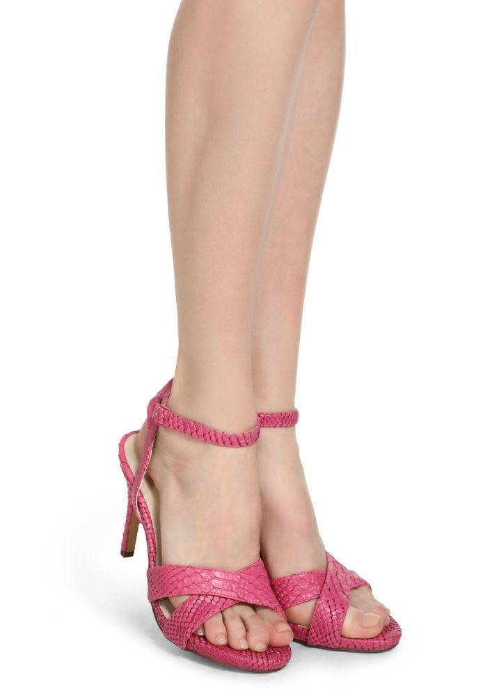 LIVING THE DREAMS PINK HEELED SANDALS