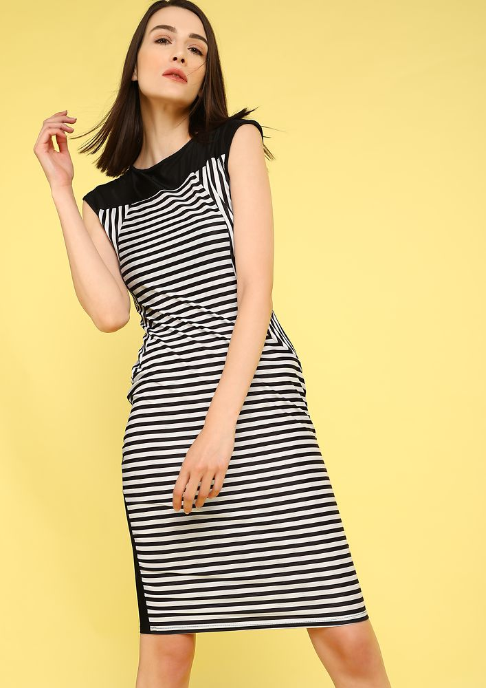 GET THE FACT STRAIGHT BLACK MIDI DRESS