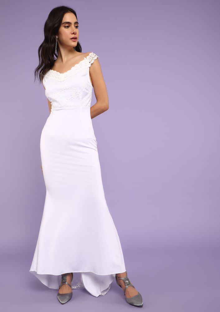 EMBRASING SIMPLICITY WHITE MAXI DRESS