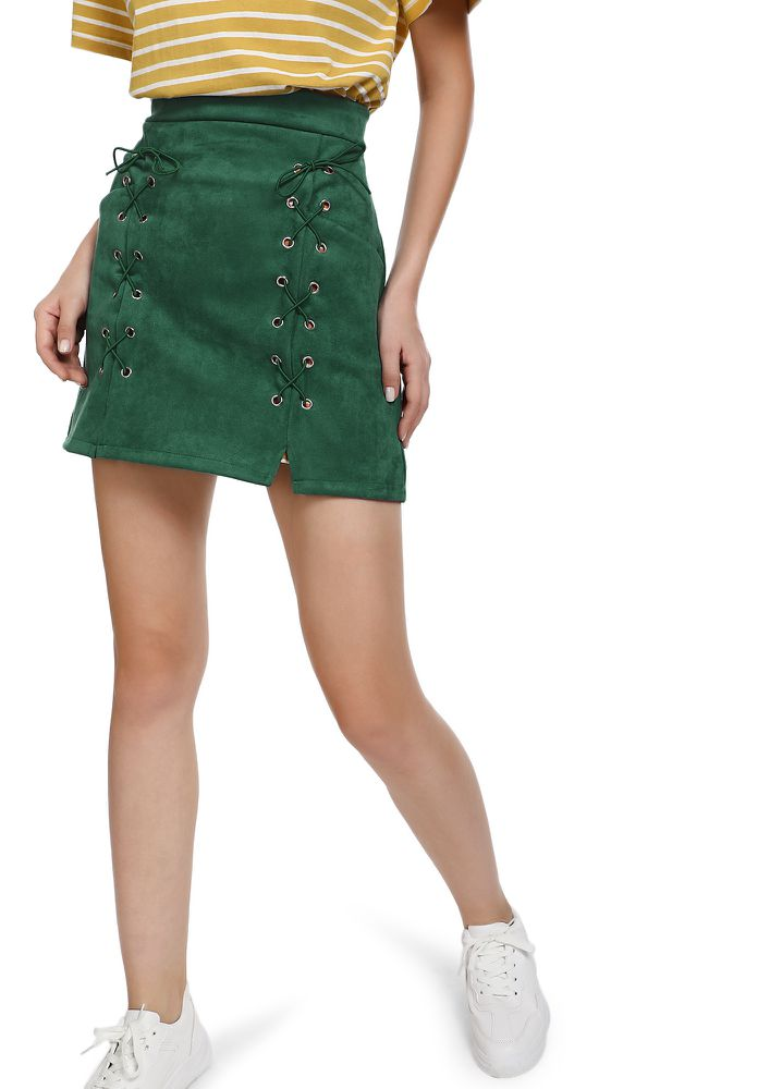 GOING MORE ON LACE GREEN MINI SKIRT