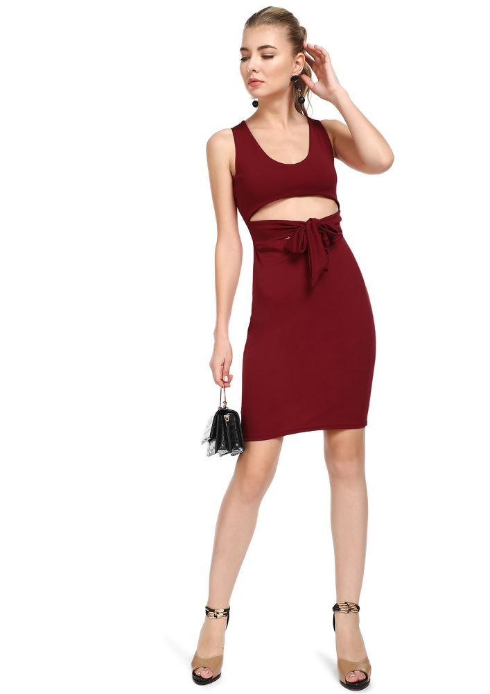 THE MIDDLE GROUND MAROON BODYCON