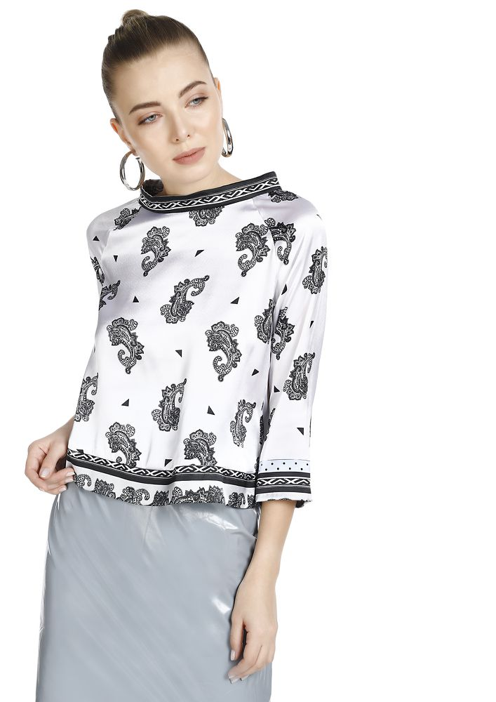 PAISLEY IT ALL OVER WHITE CROP TOP
