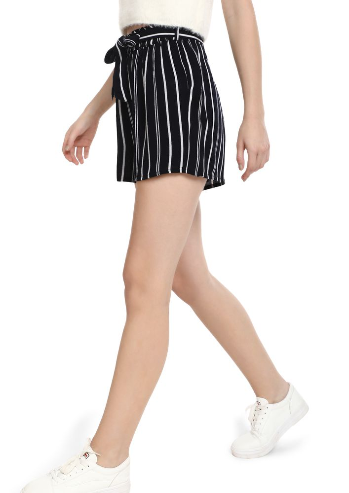 BRING BACK COOL STRIPES BLACK SHORTS