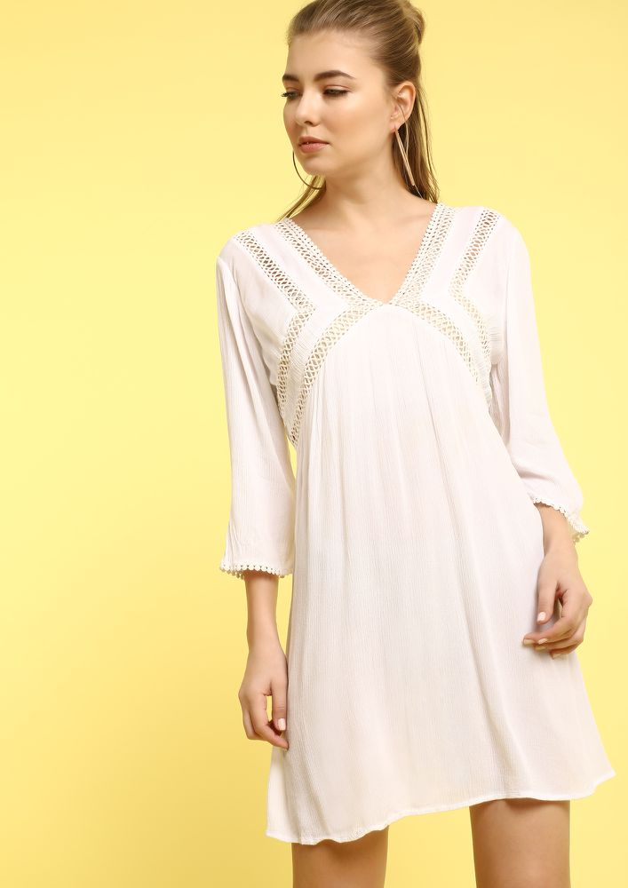 SKY ABOVE SAND BELOW WHITE SHIFT DRESS