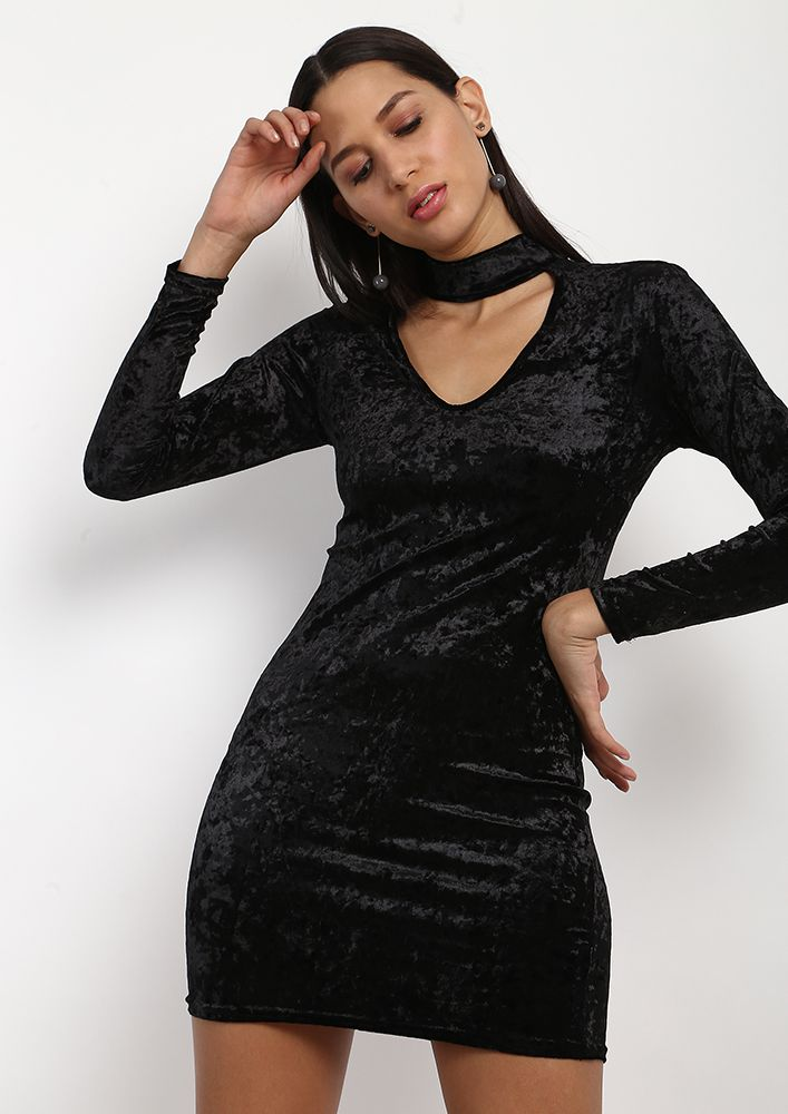 THE NIGHT IS YOUNG BLACK CHOKER DRESS