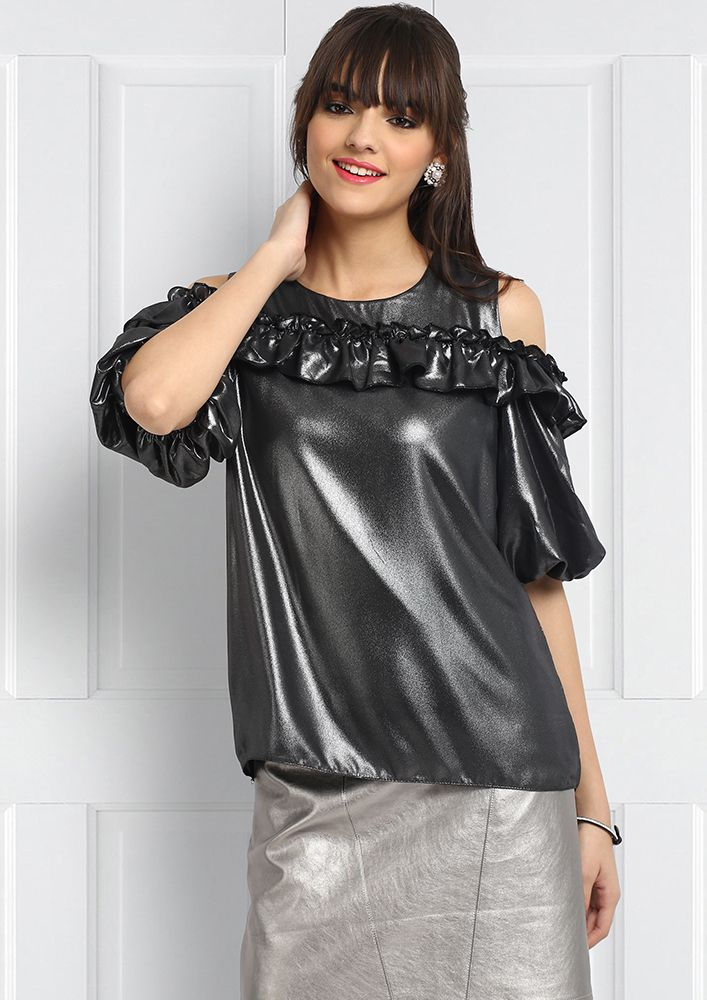 RUFFLE TROUBLE SHIMMER TOP
