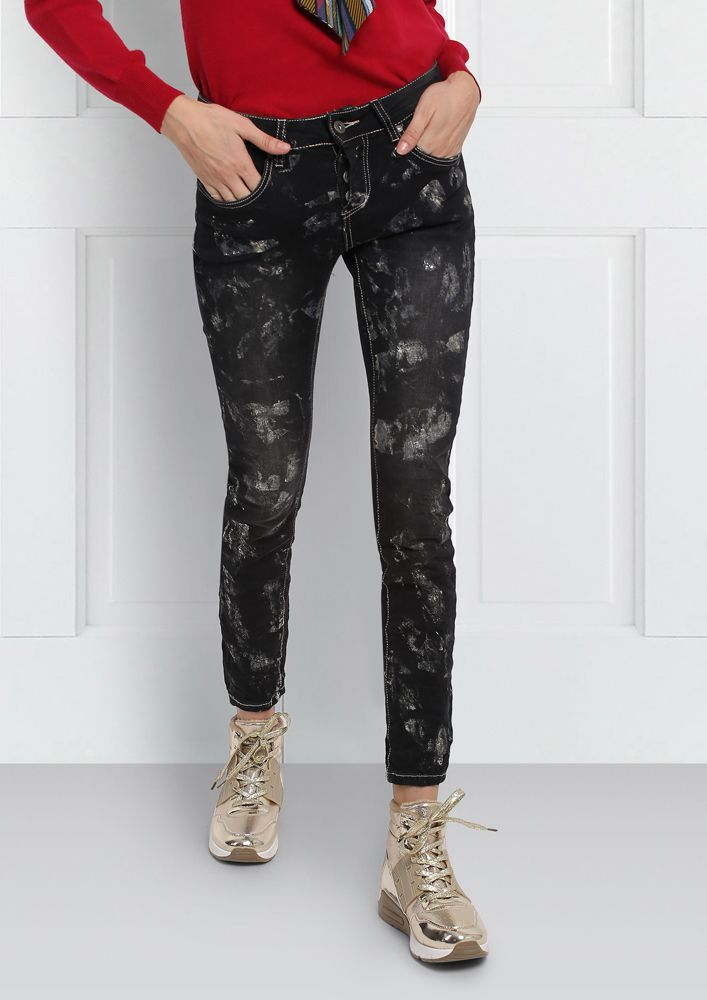 BLACK ASYMMETRIC JEANS