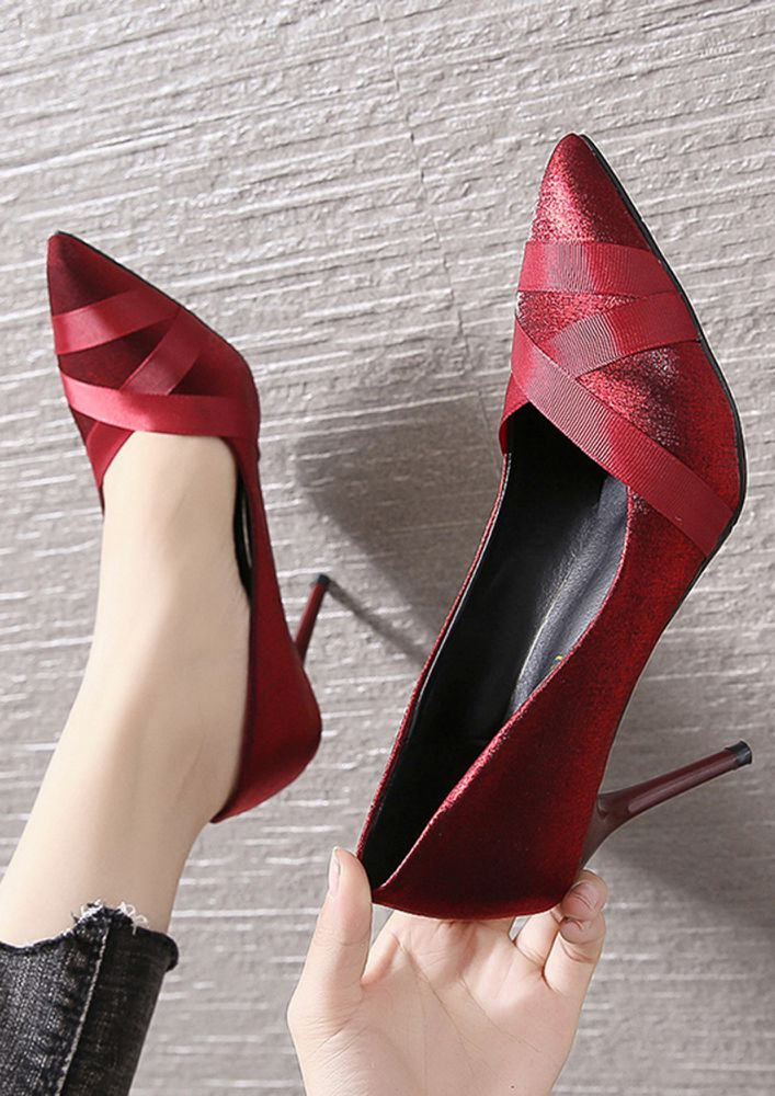 ALL THE WAY GLORY RED PUMPS