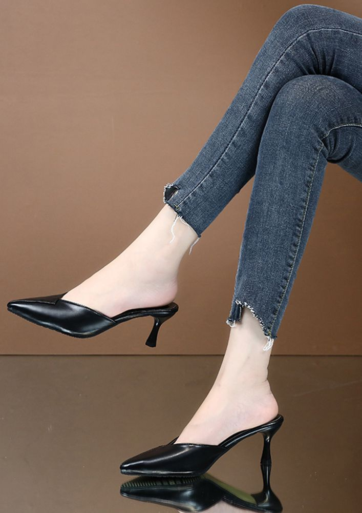 LIKE THE ROYALTY BLACK HEELED SANDALS